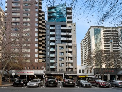 428-139-Lonsdale-1